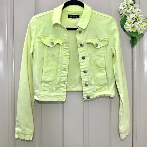 Forever 21 Jackets & Blazers - Forever 21 women's jeans jacket